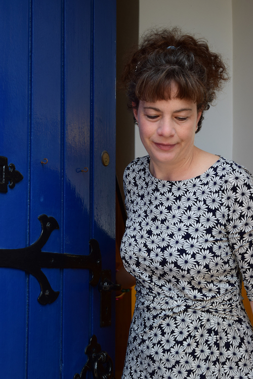 Blue Noun English Language Coaches - Ruth