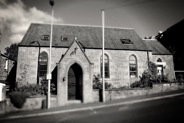 English Language School Scotland Perthshire Exterior Crieff Blue Noun English Language School